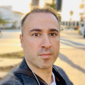 Dr Mustafa Kansiz